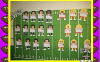 Looking for a football freebie for Monday??